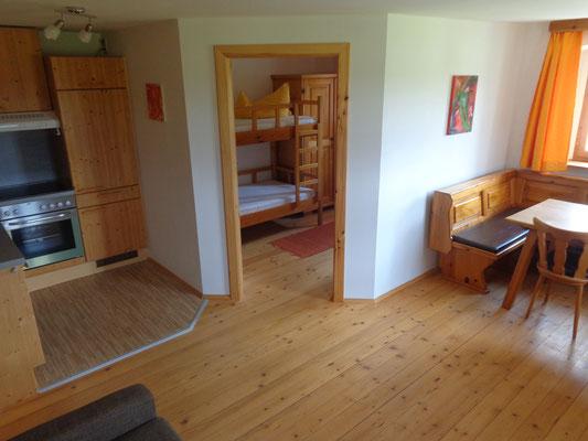 Wohnbereich Familienzimmer Katzenstube am Biobauernhof Stadler