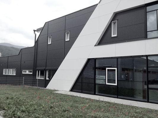 Sajowitz Kapfenberg, Mariazell, Dachdeckerei, Spenglerei. Friesnig Installationen.