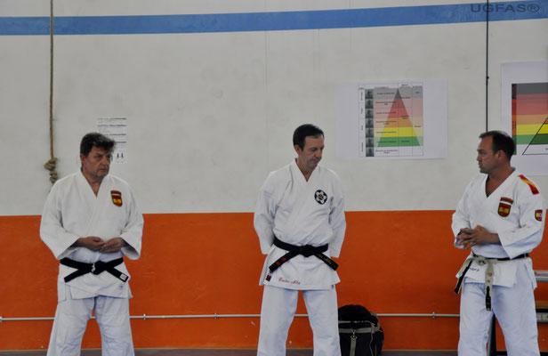 Carlos Alba 6º Dan Jiu Jitsu y 4º Defensa Pesonal Jose Robles 5º Dan Jiu Jitsu, 4º Judo y 4º en Defensa Personal Kike 5º Dan Aikido y 4º Defensa Personal