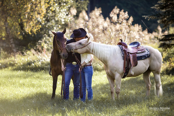 Quarter Horse, Cowboy und Cowgirl, Paarshooting