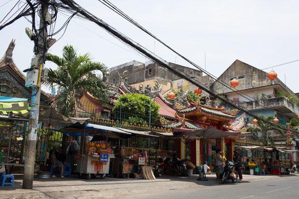 im Chinesischen Teil von Saigon gibt es viele Tempel
