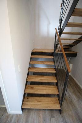 Treppenstufen aus Eiche, gebürstet