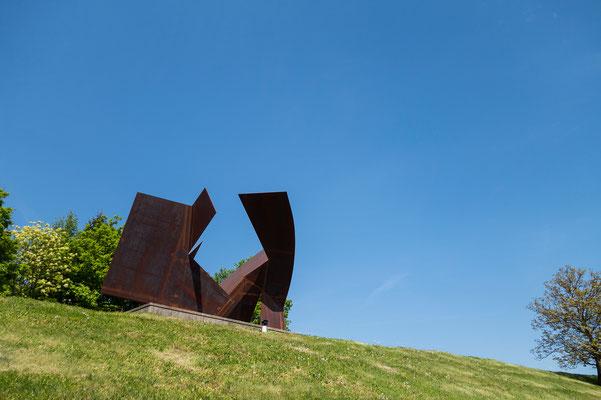 """Skulptur """"Raumentfaltung für H.L. 1950/2008"""" von Josef Pillhofer (1921-2010)"""