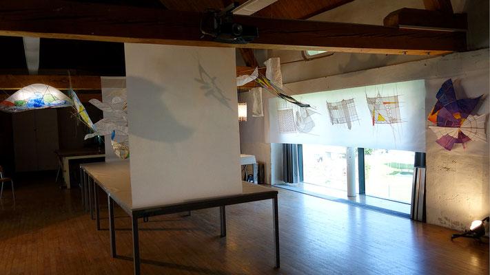 """Im Bild die Präsentation vom Kurs """"Bambus-Papier-Licht"""". Ein optischer Leckerbissen."""