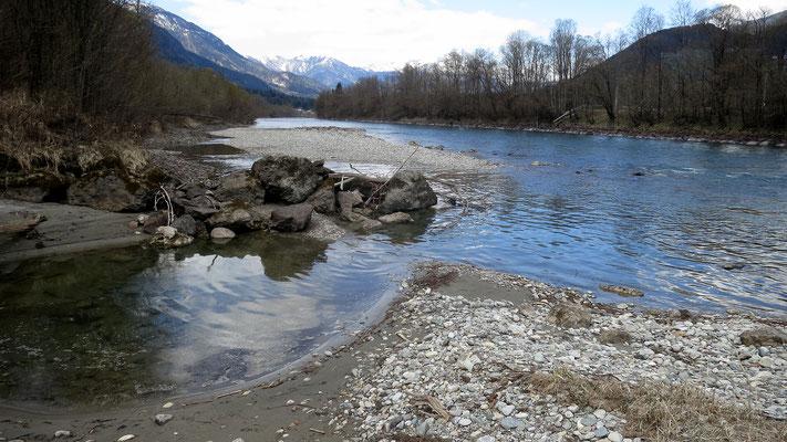 """""""Man kann nicht zweimal in denselben Fluss steigen"""" - diese antike Weisheit aus dem 5. Jhdt. v. Chr. scheint für die Drau erdacht worden zu sein"""