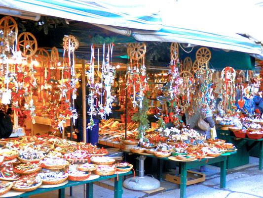 Adventmarkt Salzburg, Domplatz