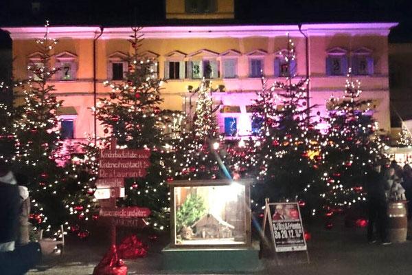 Adventmarkt Hellbrunng, Weihnachtsmarkt Salzburg