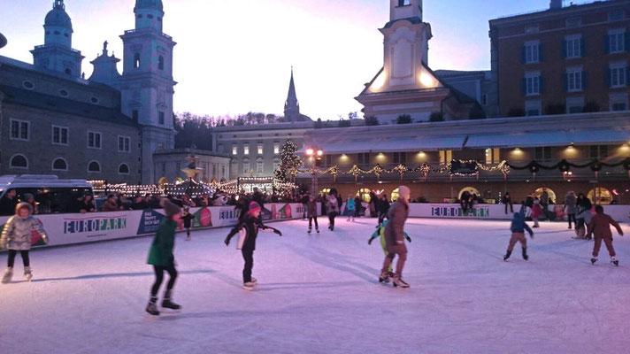 Eislaufplatz Domplatz Salzburg