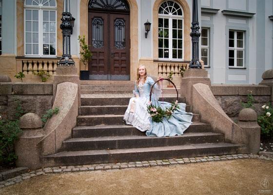 Die Cacaoblüte & Ricarda Mädler - Ein barock-florales Fotoshooting