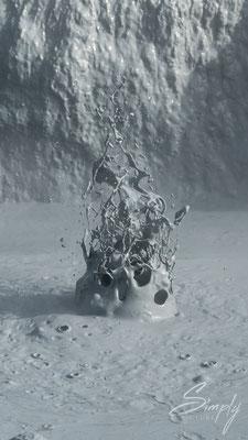Momentaufnahme eines Mud-Pool's wenn heisse Gase oder Dampf austritt Nähe Mývatn.