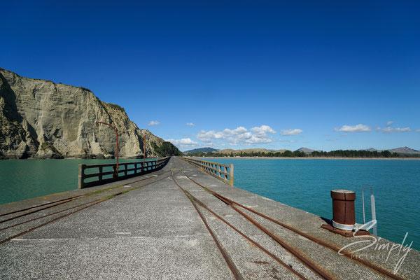 Tolaga Bay, Tolaga Bay Wharf, längster Pier in Neuseeland