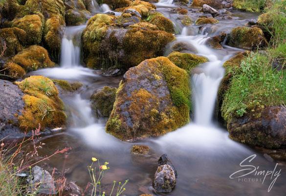 Kleiner Wasserfall bei dem Dynjandi .