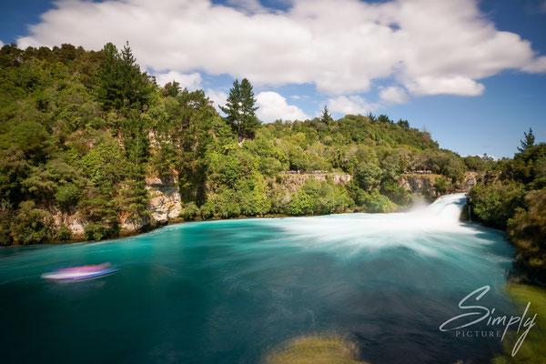 Wairakei, Waikato, Huka Falls, Langzeitaufnahme des Wasserfalls