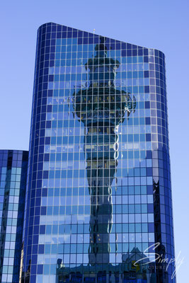 Aukland Tower-Reflektion in Hochhaus