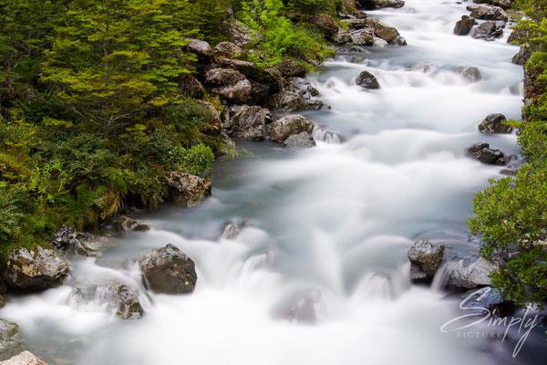 Arthur's Pass, Devils Punchbowl Waterfall, Langzeitaufnahme