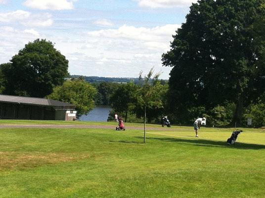 Le practice du golf de Vire La Dathée