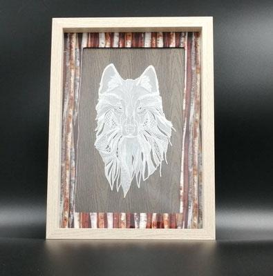 <h2>cadre Loup en dentelle de papier<h2>