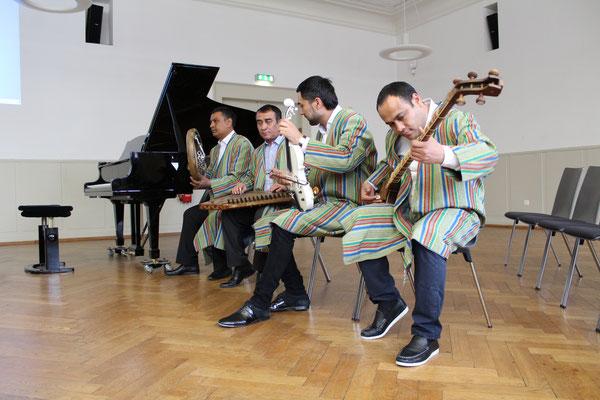 Musikgruppe aus Usbekistan