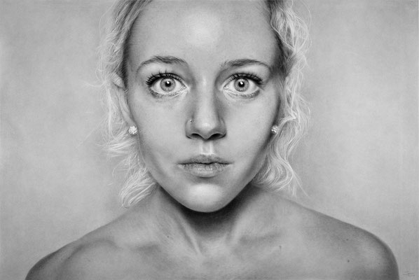 Luca Tedde - RACHEL - GRAPHITE AND CHARCOAL ON PAPER - 51x73