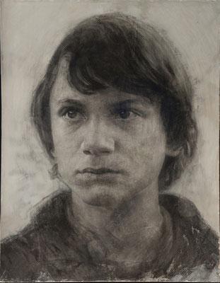 Pedro Antonio Perales - El chico de Boxhagener Platz - Lápiz grafito y carbón sobre yeso - 36x45