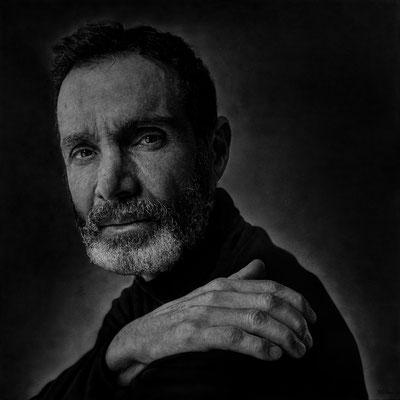 Roberto Carrillo Prieto - Lo que queda detrás - Grafito y acrílico sobre tablex - 100x100