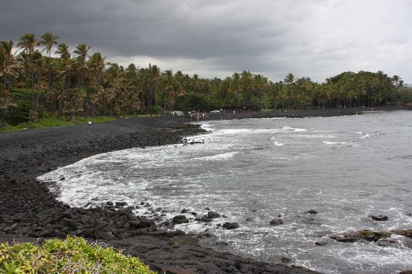 Punaluu Black Sand Beach
