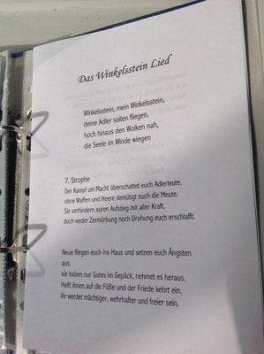 Petra Mettke/Gigabuch Winkelsstein 07/Der Aufstieg der Adler/Druckskript 2012/Winkelsstein Lied