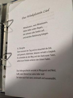 Petra Mettke/Gigabuch Winkelsstein 06/Die Quadratur der Gefahr/Druckskript 2012/Winkelsstein Lied