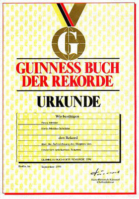 Petra Mettke, Karin Mettke-Schröder/Gigabuch Michael/Urkunde des Guinness-Rekords/1995