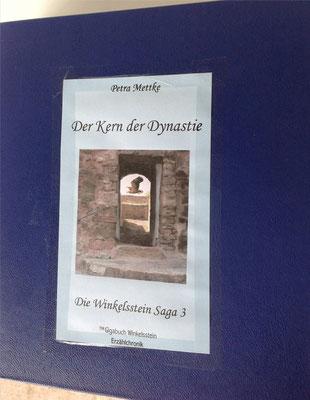 Petra Mettke/Gigabuch Winkelsstein 03/Der Kern der Dynastie/Druckskript 2011/Ordner