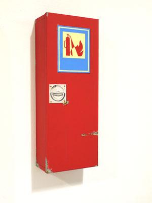 Feuerlöscher, Öl/Acryl auf Holz und Leinwand, 68 x 26 x 14 cm, 2020