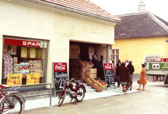Eröffnung 1. SPAR-Markt Neunkirchens 1970