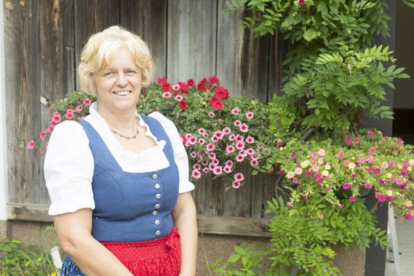 Anni Scherz, Wartmannstetten