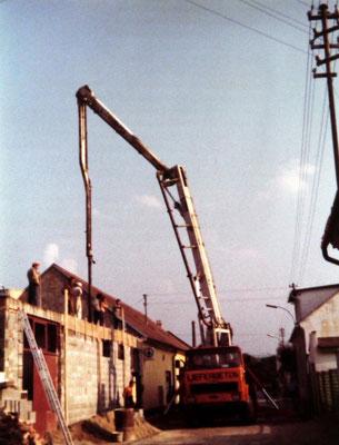 Bauarbeiten für den neuen Lagertrakt 1979