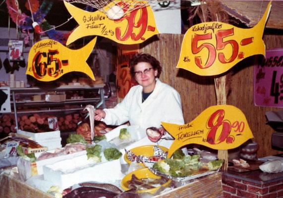 Frischfisch-Verkauf 1975