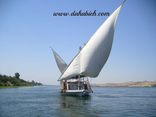 en dahabiya sur le Nil.