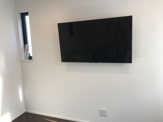壁掛けテレビ施工後