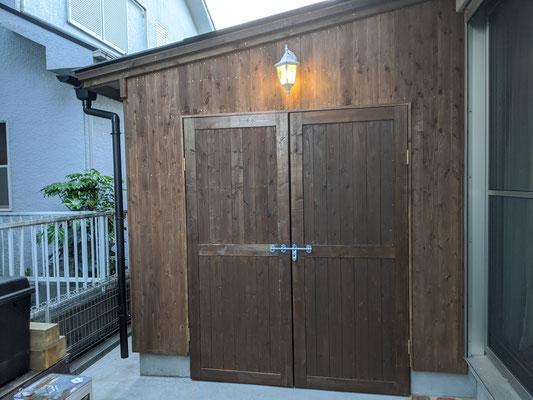W1800の両開きドア