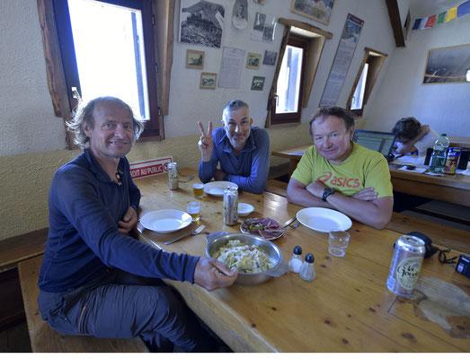 Retour de course avec Philippe André guide de haute-montagne à la Grave et un bon plat de ravioles de Royan !