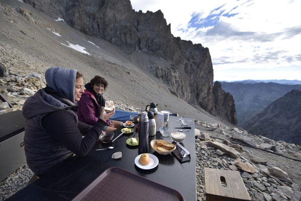 Tartines et panorama pour le petit-déjeuner !