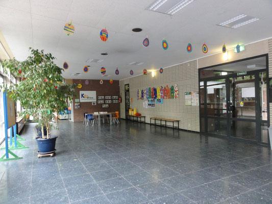 die Pausenhalle / Aula