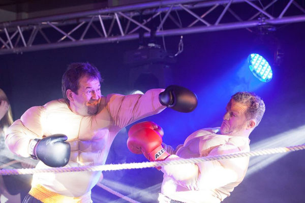 Schauboxkampf  mit Gabor von Tourage für Phoenix in München