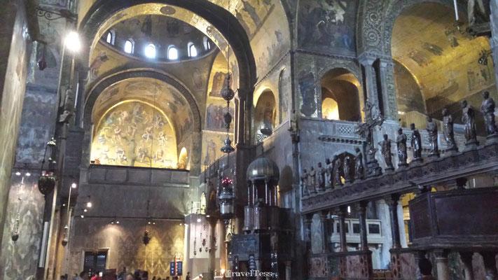 Interieur San Marco Basiliek