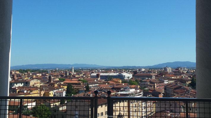 Uitzicht over Pisa