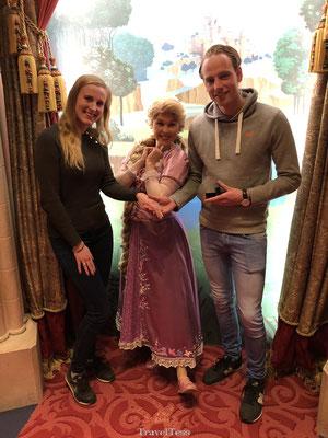 Op de foto met Rapunzel in Disneyland Parijs