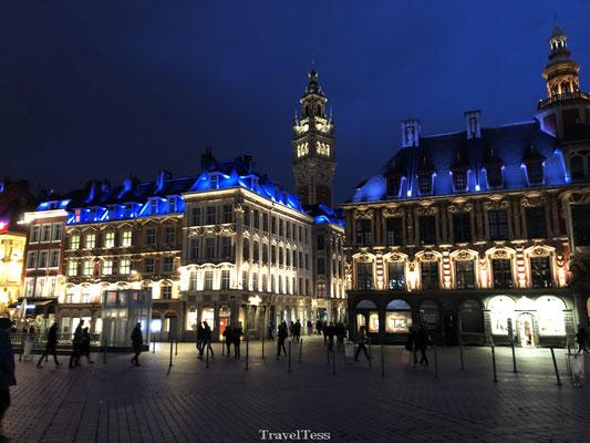 Place du Général-de-Gaulle in de avond