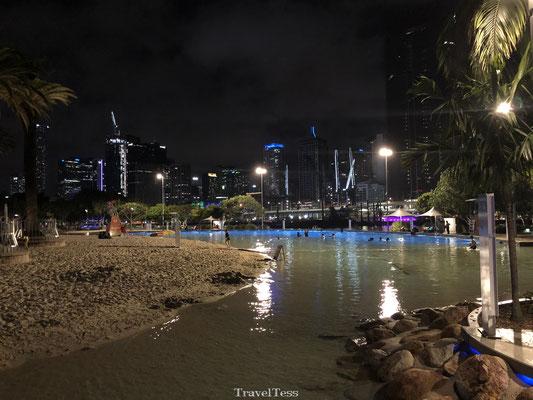 Lagoon Brisbane in de avond