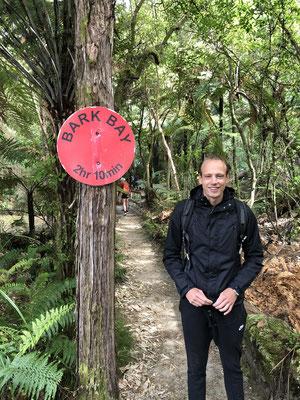 Hiken naar Onetahuti