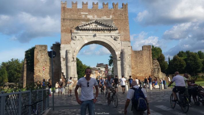 Boog van Augustus in Rimini