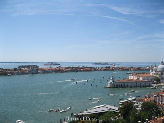 Zee rond Venetië